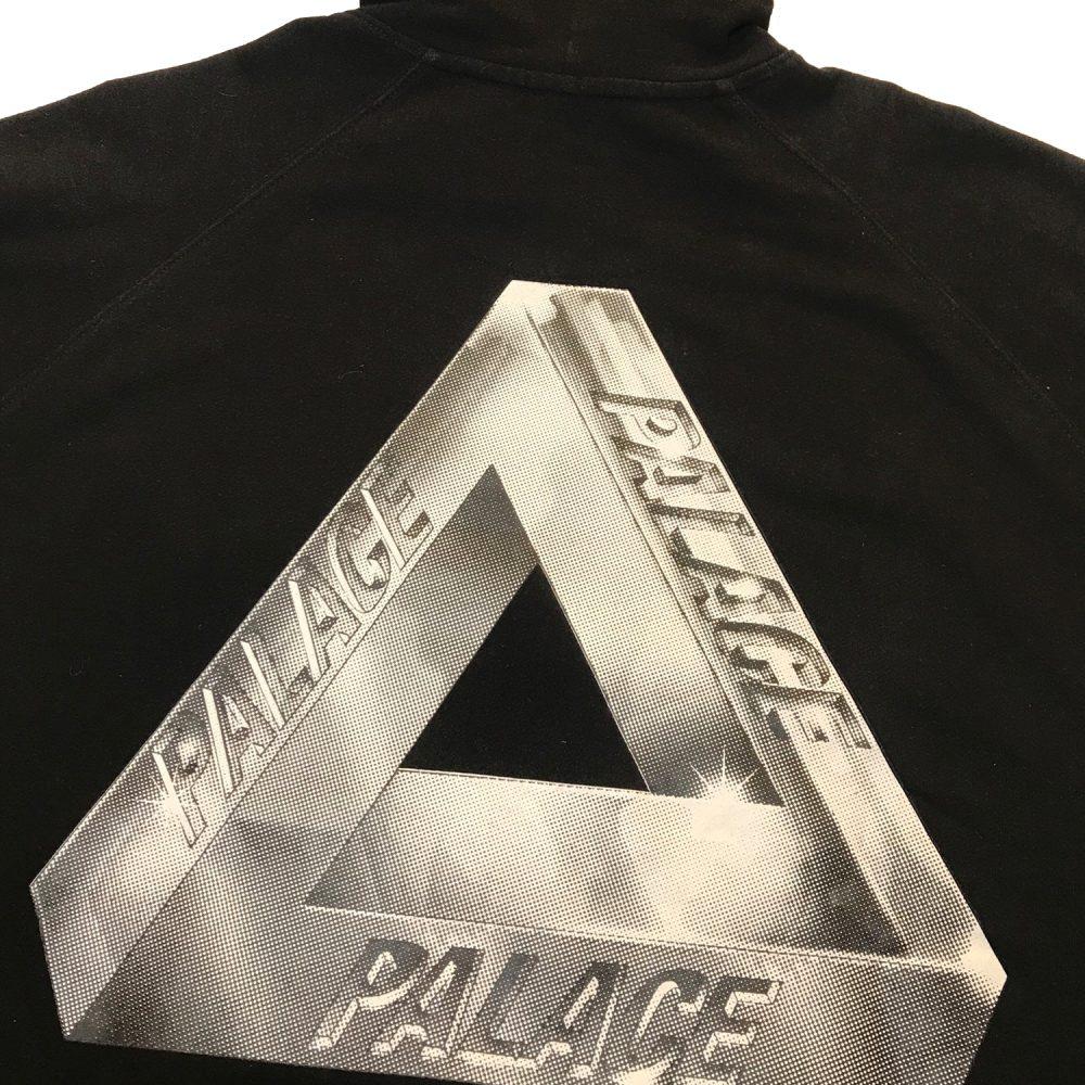 Palace Pyramid Hood_0001_Palace pyramid hood black medium