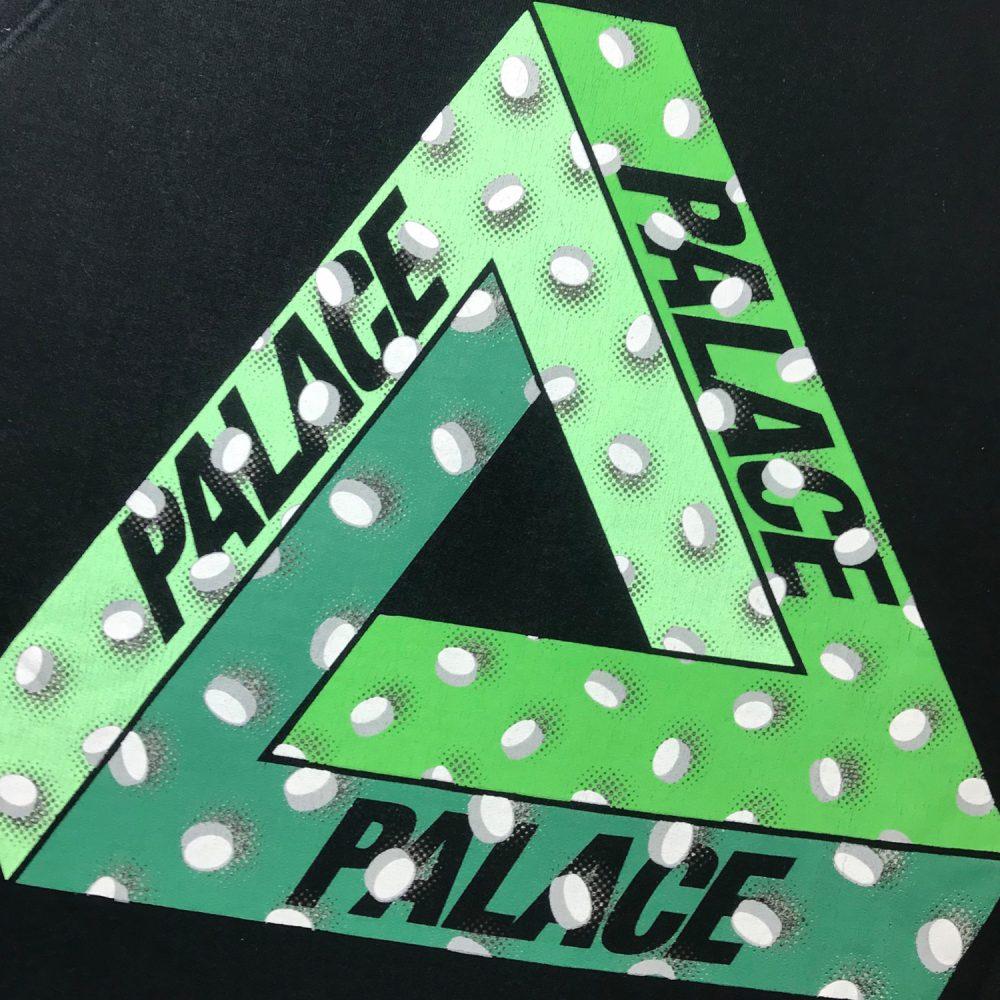 Pills Crew_0000_Palace pills crew black large used back logo