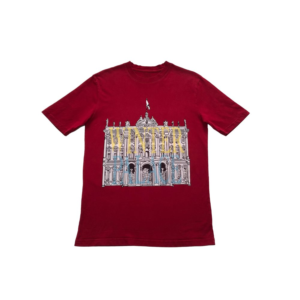 london_0002_palace london palace tee red large used front straight