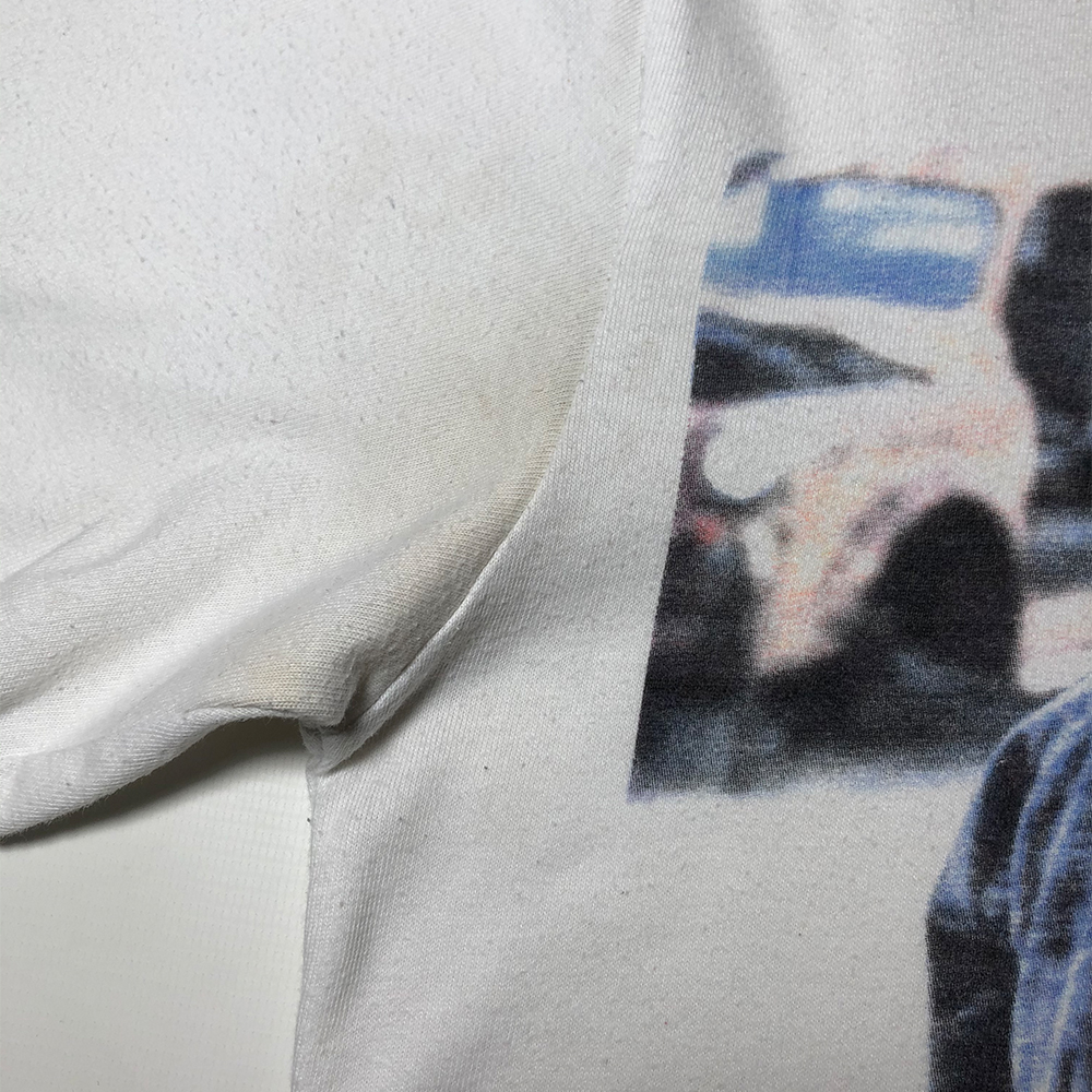 T2 Tee_0004_palace t2 tee white small used flaw 3