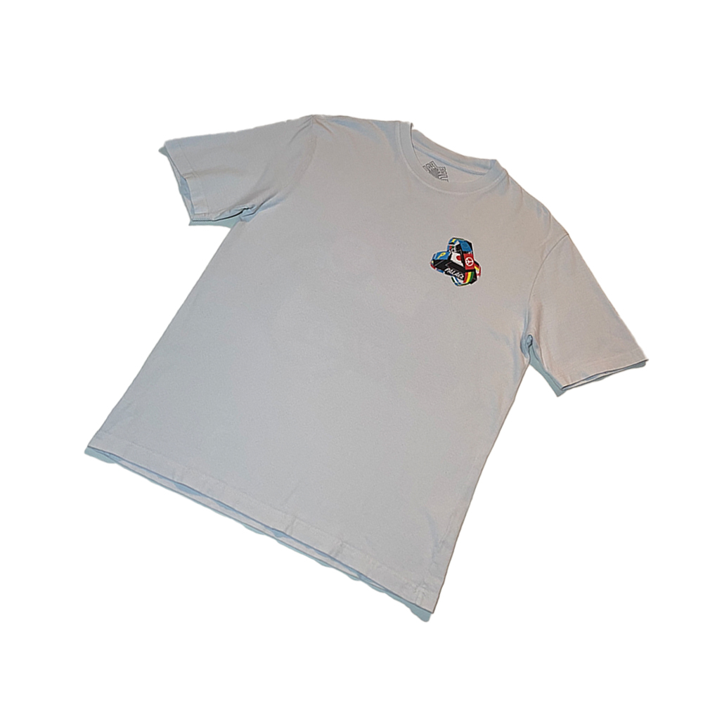 Frag Tee_0000_palace tri flag tee white large used front straight copy